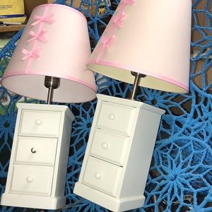 Other - Pink bow lamps and jewelry draws
